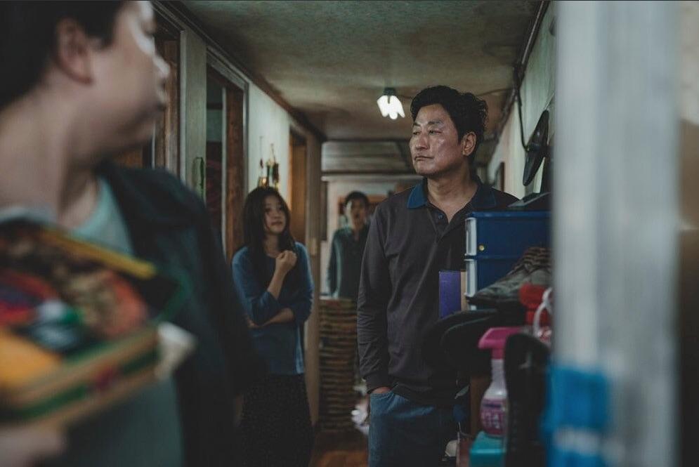 Parasite : Photo Chang Hyae Jin, Park So-Dam, Song Kang-Ho, Woo-sik Choi