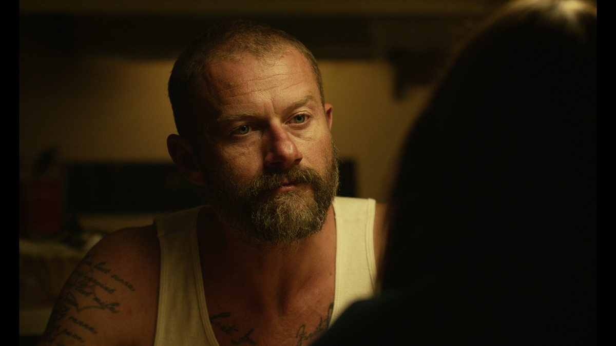 Mickey and the Bear : Photo James Badge Dale