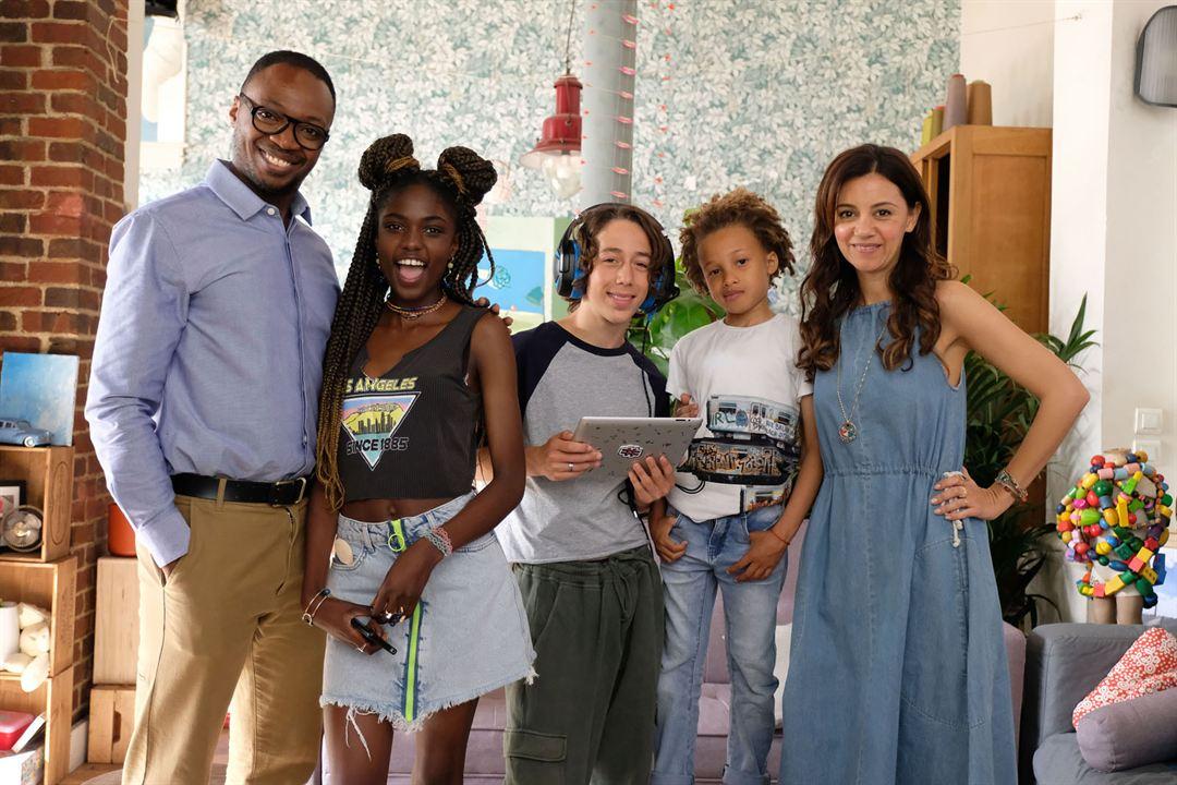 Photo Inedson Ndoumbouk Da Cruz Fortes, Jean-Baptiste Anoumon, Jessyrielle Massengo, Marie-Julie Baup, Matisse Jaquemin Bonfils