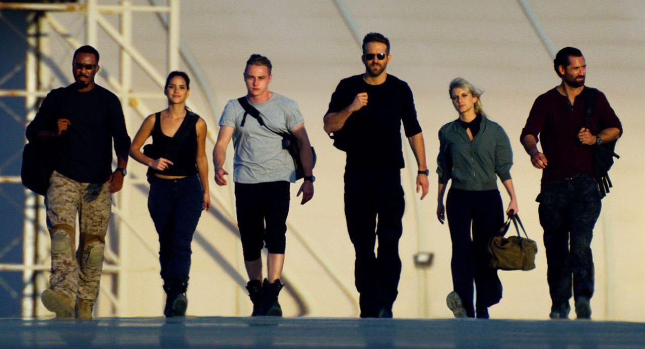 6 Underground : Photo Adria Arjona, Ben Hardy, Corey Hawkins, Manuel Garcia-Rulfo, Mélanie Laurent