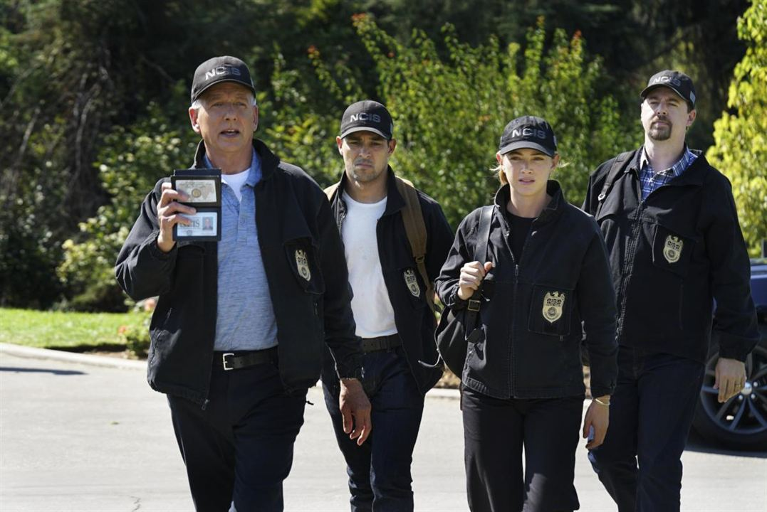 Photo Emily Wickersham, Mark Harmon, Sean Murray, Wilmer Valderrama