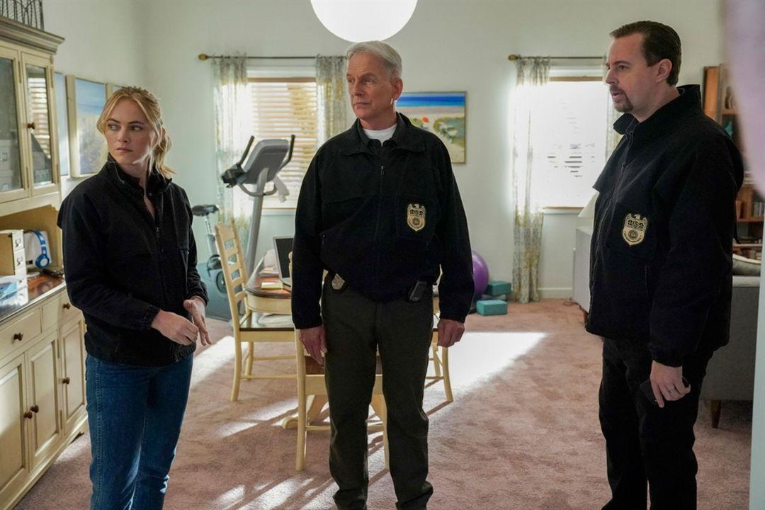 Photo Emily Wickersham, Mark Harmon, Sean Murray