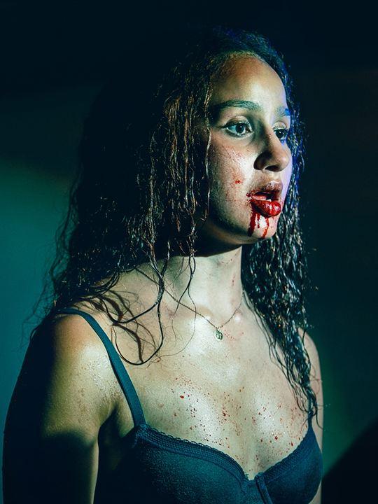 Vampires (2020) : Affiche