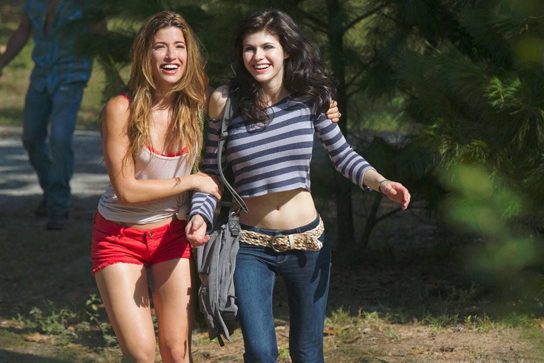 Texas Chainsaw 3D : Photo Alexandra Daddario, Tania Raymonde