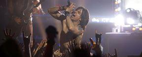 Tom Cruise va-t-il pousser la chansonnette pour Michel Hazanavicius ?