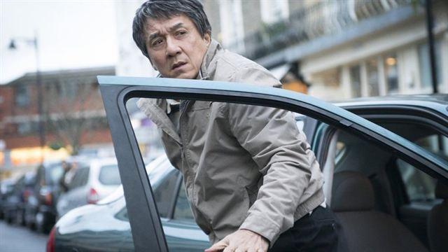 Jackie Chan Une Autobiographie Touchante Pour La Star Des