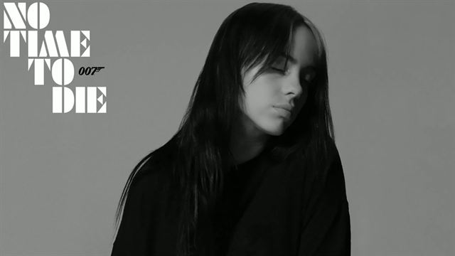 Billie Eilish dévoile le nouveau titre James Bond