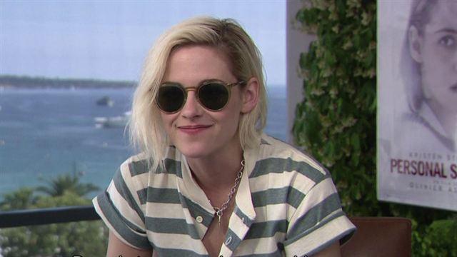Pourquoi Kristen Stewart ne parle-t-elle (presque) pas français dans Personal Shopper ?