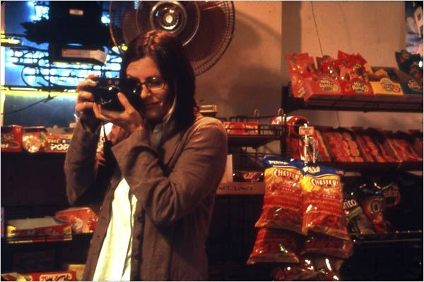 November : photo Courteney Cox