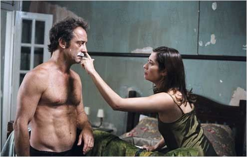 La Moustache : Photo Emmanuel Carrère, Emmanuelle Devos, Vincent Lindon
