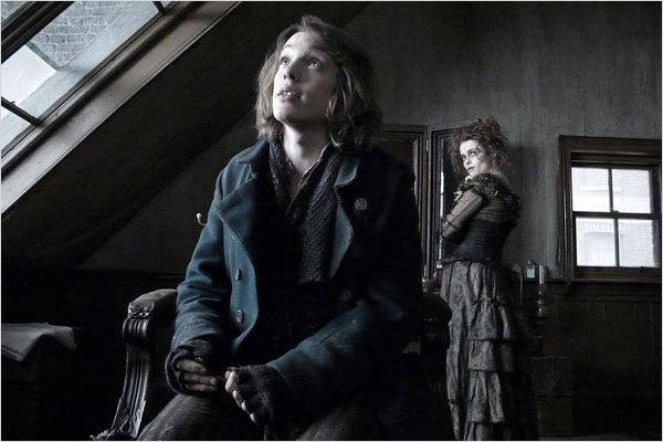 Sweeney Todd, le diabolique barbier de Fleet Street : photo Helena Bonham Carter, Jamie Campbell Bower, Tim Burton