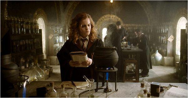 Harry Potter et le Prince de sang mêlé : Photo Emma Watson, J.K. Rowling