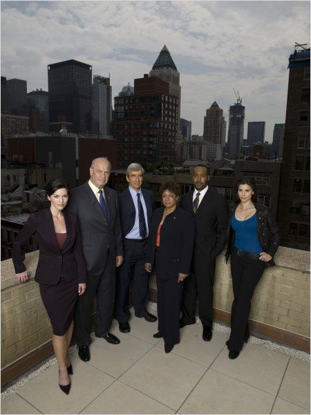 New York District / New York Police Judiciaire : Photo Alana De La Garza, Fred Thompson, Jesse L. Martin, Milena Govich, S. Epatha Merkerson