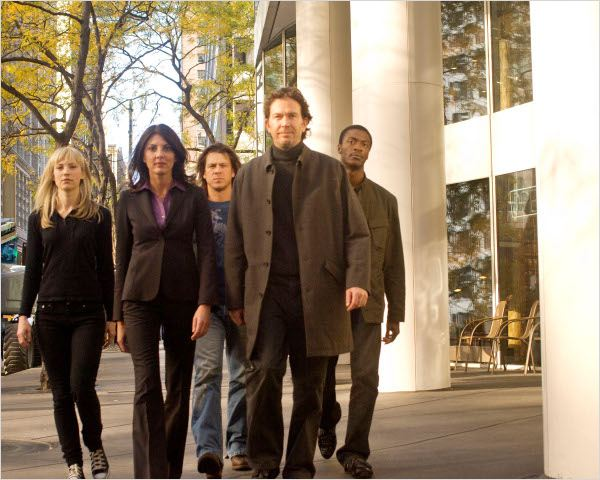 Leverage : Photo Aldis Hodge, Beth Riesgraf, Christian Kane, Gina Bellman, Timothy Hutton