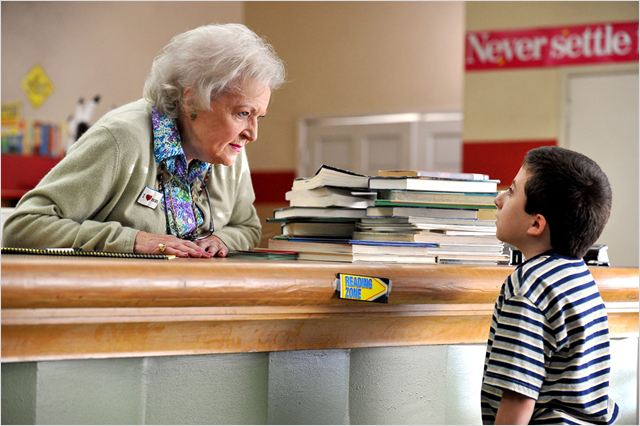 The Middle : Photo Atticus Shaffer, Betty White