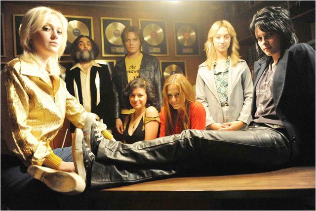 Les Runaways : Photo Alia Shawkat, Dakota Fanning, Floria Sigismondi, Kristen Stewart, Michael Shannon