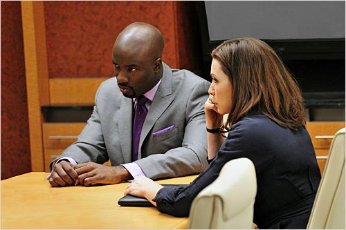 Photo Julianna Margulies, Mike Colter