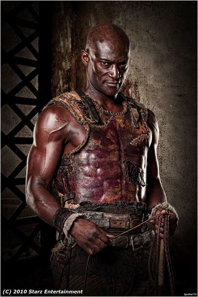 Spartacus : Le sang des gladiateurs : Photo Peter Mensah