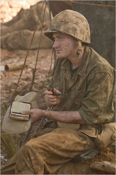 Band of Brothers : L'Enfer du Pacifique : photo Joseph Mazzello