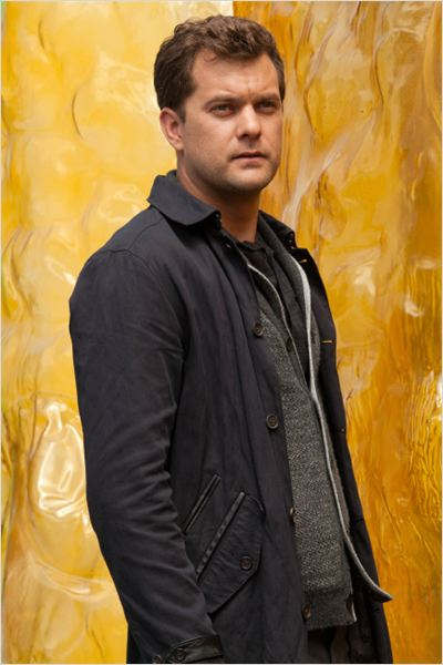 Fringe : photo Joshua Jackson