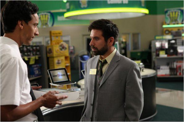 Chuck : photo Danny Pudi, Joshua Gomez