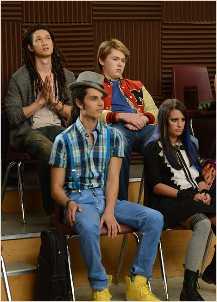 Photo Damian McGinty, Harry Shum Jr., Lea Michele, Samuel Larsen
