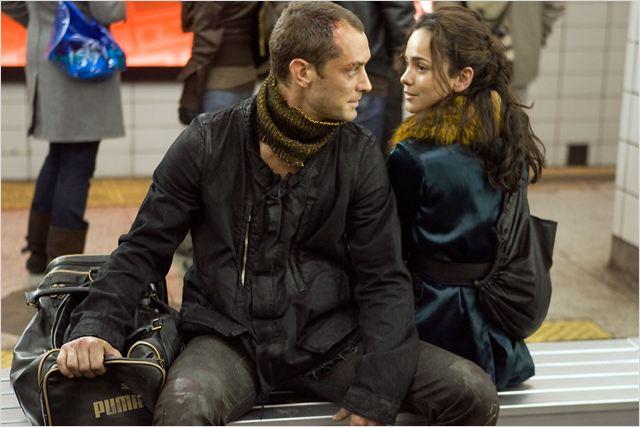 Repo Men : Photo Alice Braga, Jude Law, Miguel Sapochnik