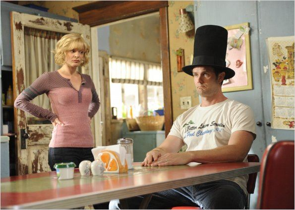 Raising Hope : photo Garret Dillahunt, Martha Plimpton