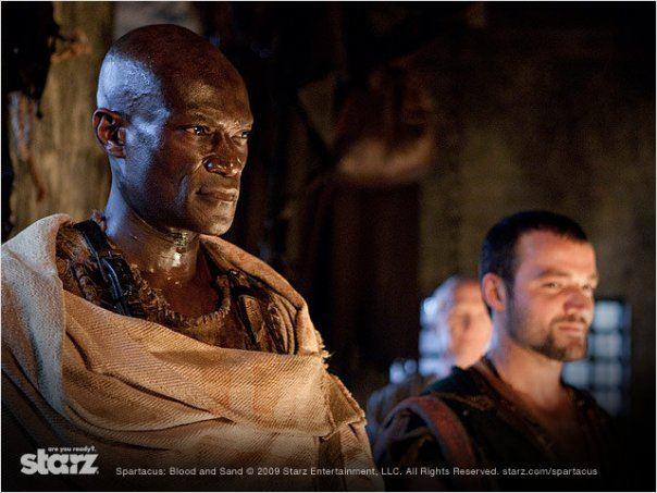 Spartacus : Le sang des gladiateurs : Photo Nick Tarabay, Peter Mensah
