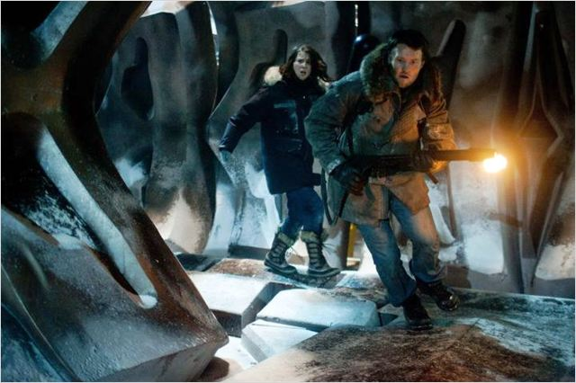 The Thing : Photo Joel Edgerton, Mary Elizabeth Winstead, Matthijs van Heijningen Jr.