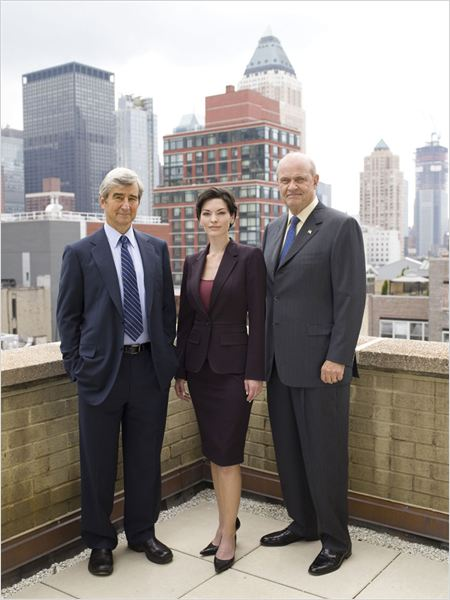 New York District / New York Police Judiciaire : Photo Alana De La Garza, Fred Thompson, Sam Waterston