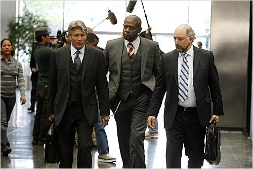Criminal Minds: Suspect Behavior : photo Eric Roberts, Forest Whitaker, Richard Schiff