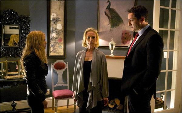 Grimm : photo Claire Coffee, Jessica Tuck, Sasha Roiz