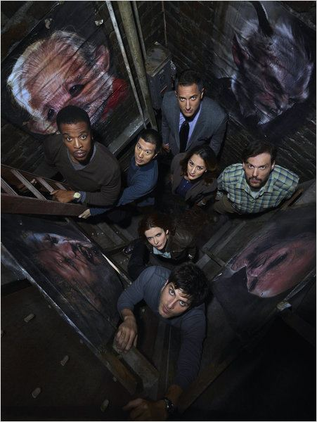 Photo Bitsie Tulloch, Bree Turner, David Giuntoli, Reggie Lee, Russell Hornsby