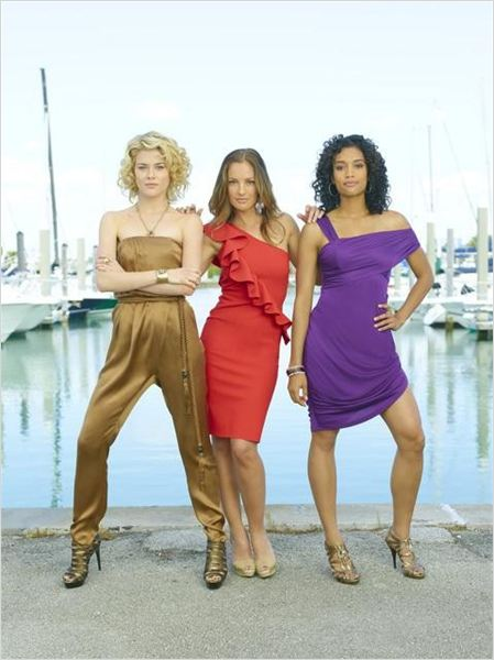 Photo Annie Ilonzeh, Minka Kelly, Rachael Taylor