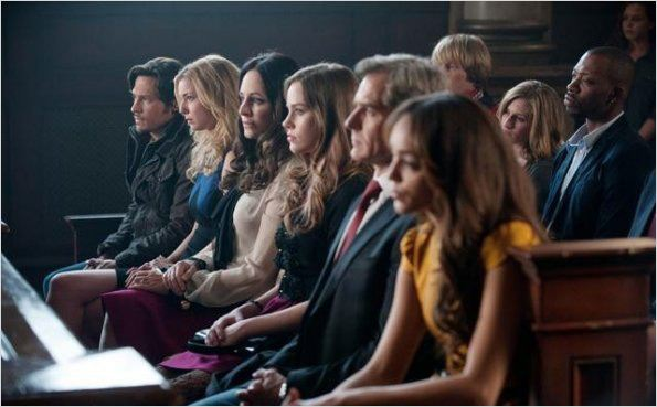 Photo Ashley Madekwe, Christa B. Allen, Emily VanCamp, Henry Czerny, Madeleine Stowe
