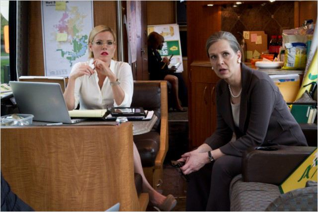 Boss : photo Amy Morton, Kathleen Robertson