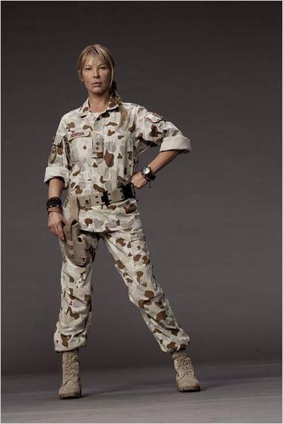 Photo de deborah kara unger dans la s rie combat hospital for Combat portent 30 18