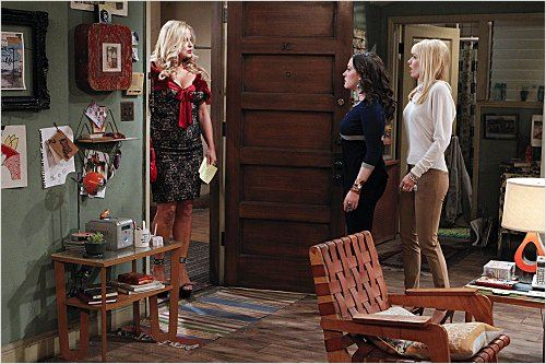2 Broke Girls : photo Beth Behrs, Jennifer Coolidge, Kat Dennings