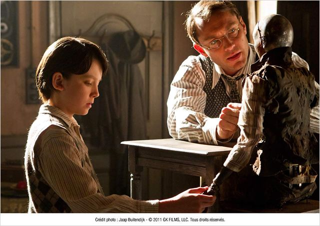Hugo Cabret : photo Asa Butterfield, Jude Law, Martin Scorsese