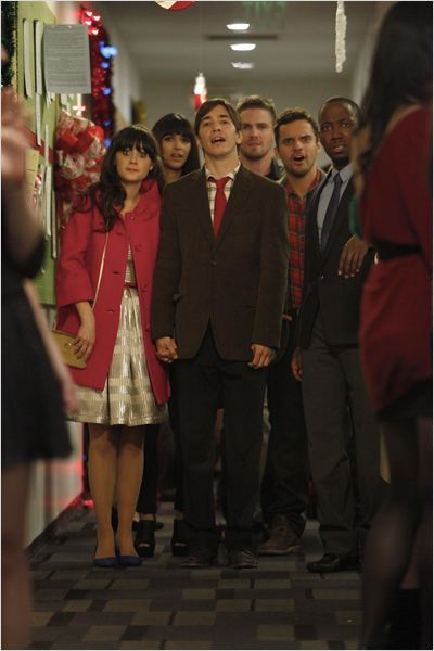 Photo Hannah Simone, Jake Johnson, Justin Long, Lamorne Morris, Max Greenfield