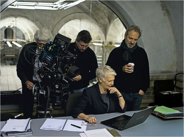 Skyfall : photo Judi Dench, Sam Mendes