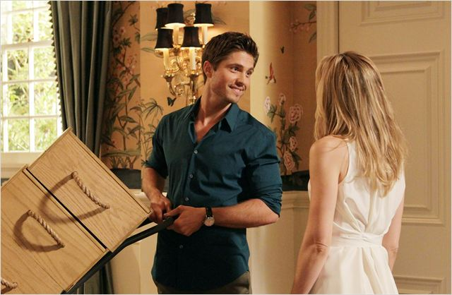 GCB : photo Eric Winter, Leslie Bibb