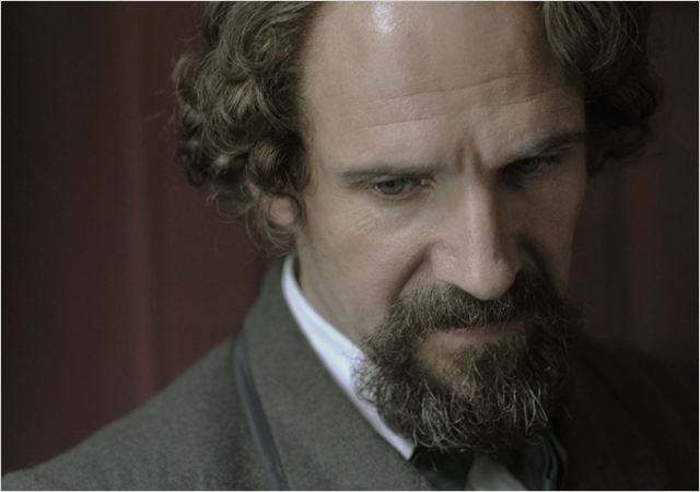 The invisible woman: the story of Nelly Ternan and Charles Dickens : Photo Ralph Fiennes