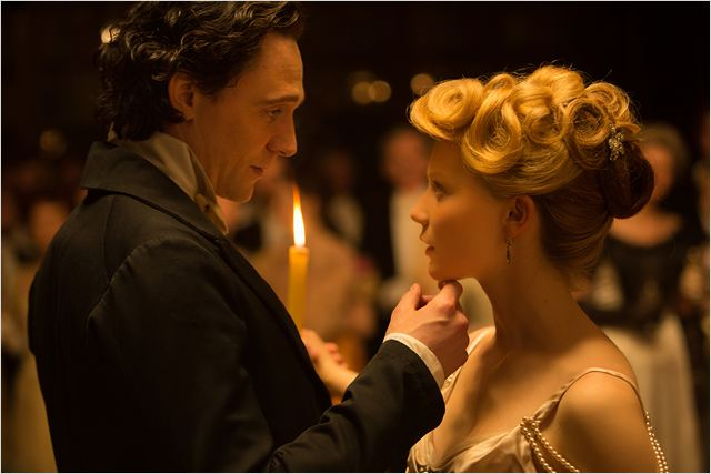 Crimson Peak : Photo Mia Wasikowska	, Tom Hiddleston