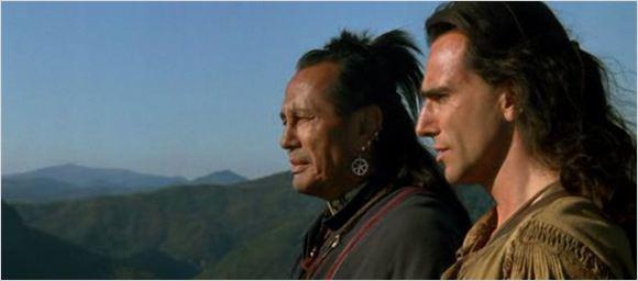 """Décès de Russell Means, le Chingachgook du """"Dernier des Mohicans"""""""