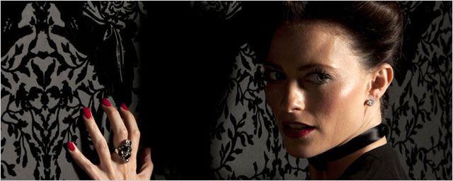 """La dominatrice de """"Sherlock"""" séduit le créateur de James Bond"""
