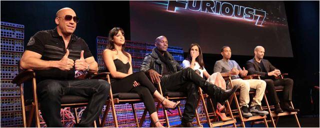 """Fast & Furious 7 : Vin Diesel et sa """"famille"""" présents aux avant-premières mondiales !"""