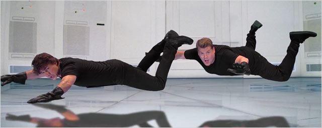 Mission : Impossible, Minority Report, Rain Man… Tom Cruise rejoue l'ensemble de sa carrière !