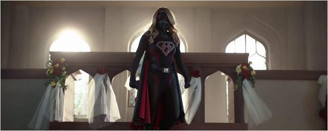 Crisis on Earth-X : les Nazis ont gagné la Guerre dans le teaser du cross-over entre Flash, Arrow et Supergirl